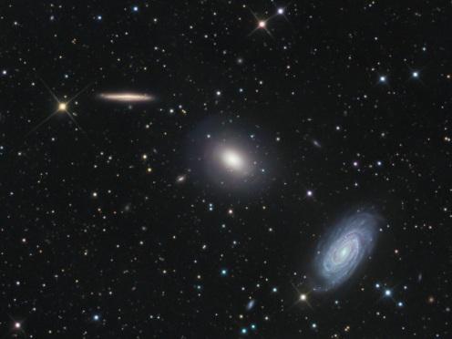 NGC5982_benintende